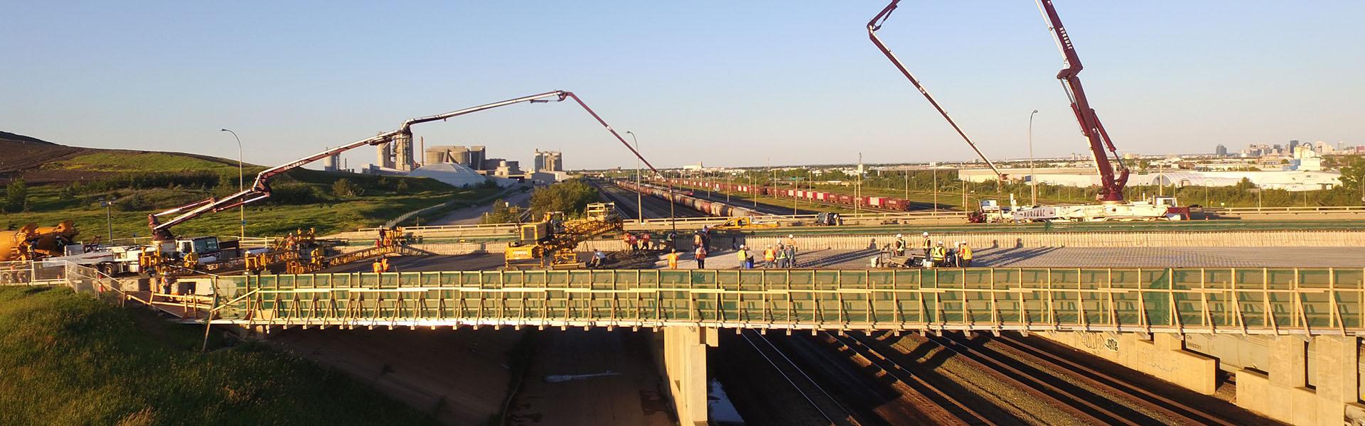 170th_Street_Railyard_banner