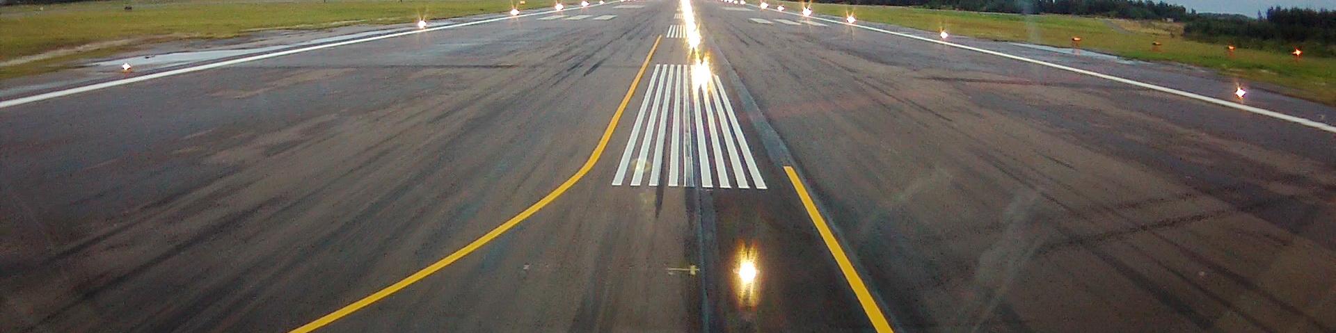 banner_bermuda_airport