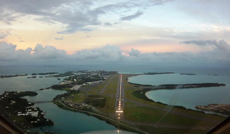 bermuda_airport2