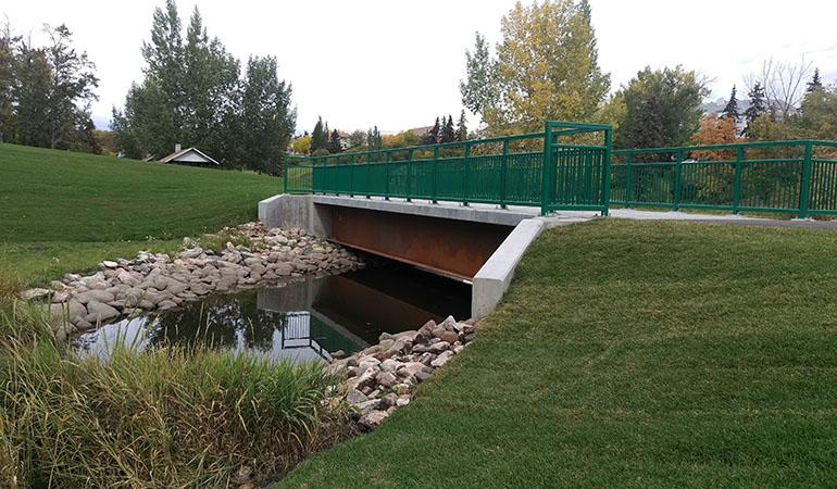 Camrose_bridge_1