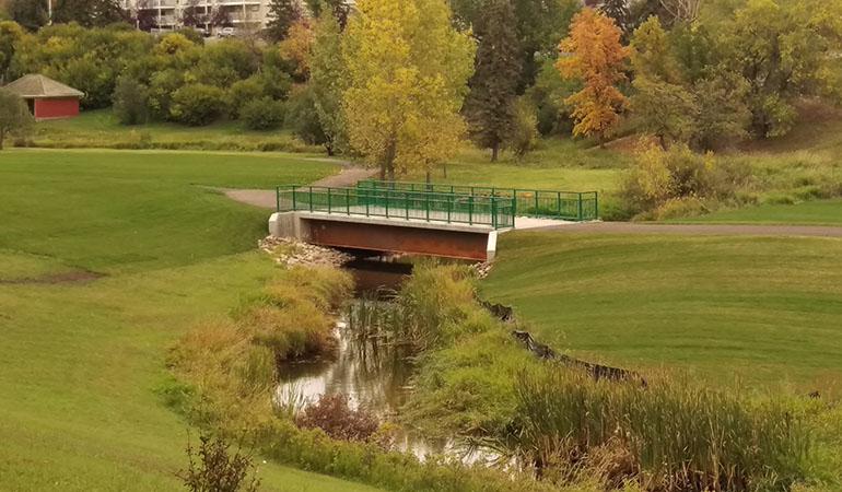 Camrose_bridge_3