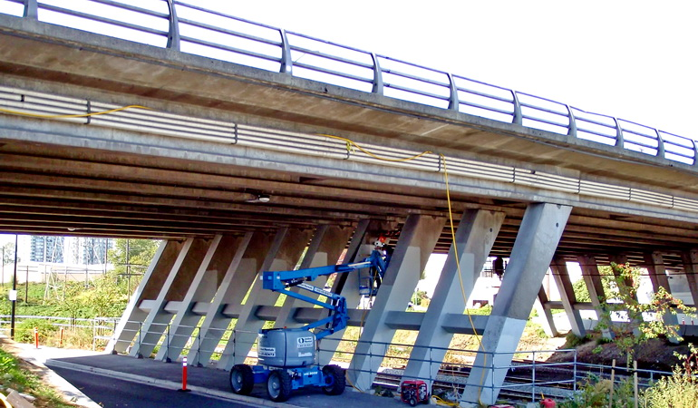 Willingdon Avenue Overpass Seismic Retrofit