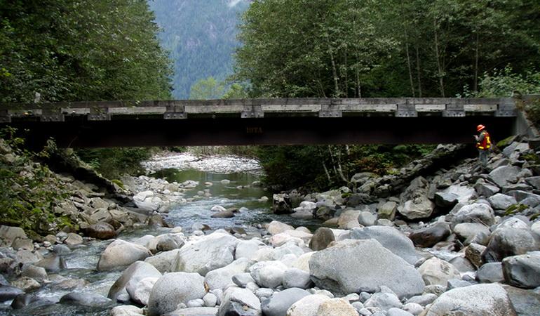 Close Proximity Bridge Inspections
