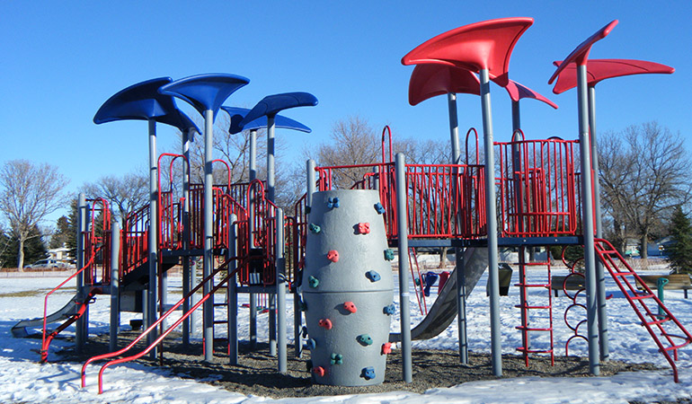 Lethbridge_playgrounds_1