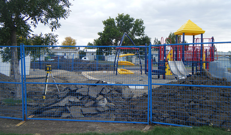 Lethbridge_playgrounds_3