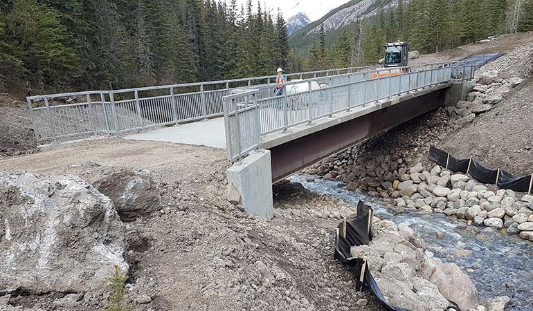Sulpher_creek_bridge_2